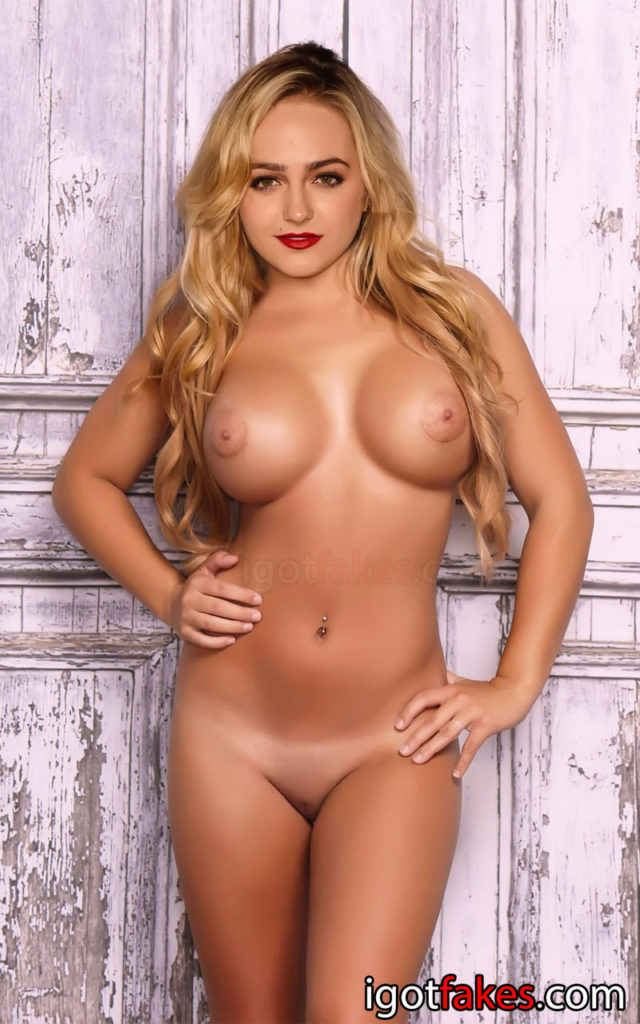 Sophie Reynolds Nude Leaked Fappening Photos (1)